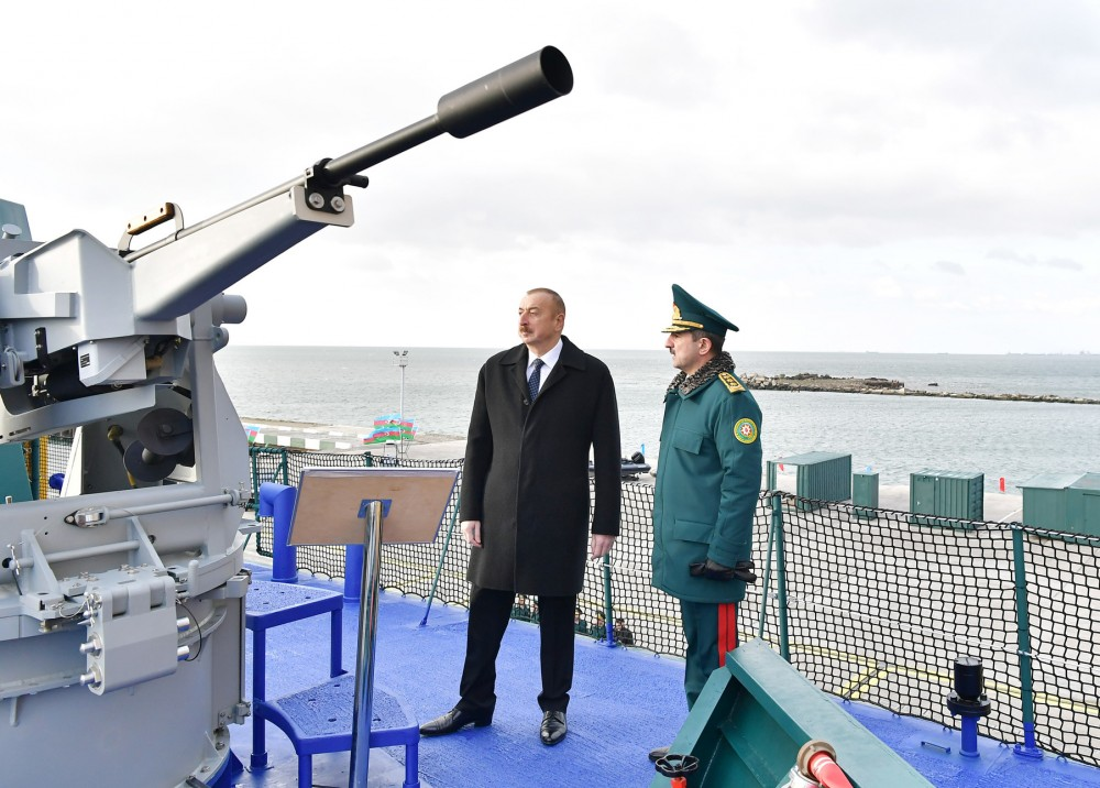 Azerbaijan's new military shipyard 6417796_1000