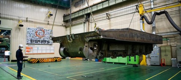 Сборка первых южнокорейских самоходных гаубиц К9 для норвежской армии