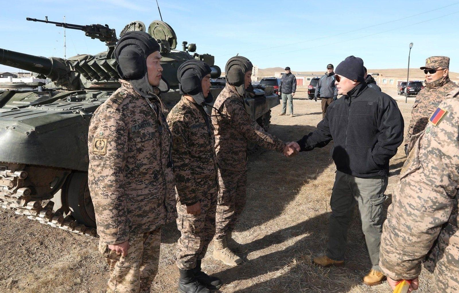 Учения батальонной тактической группы монгольской армии
