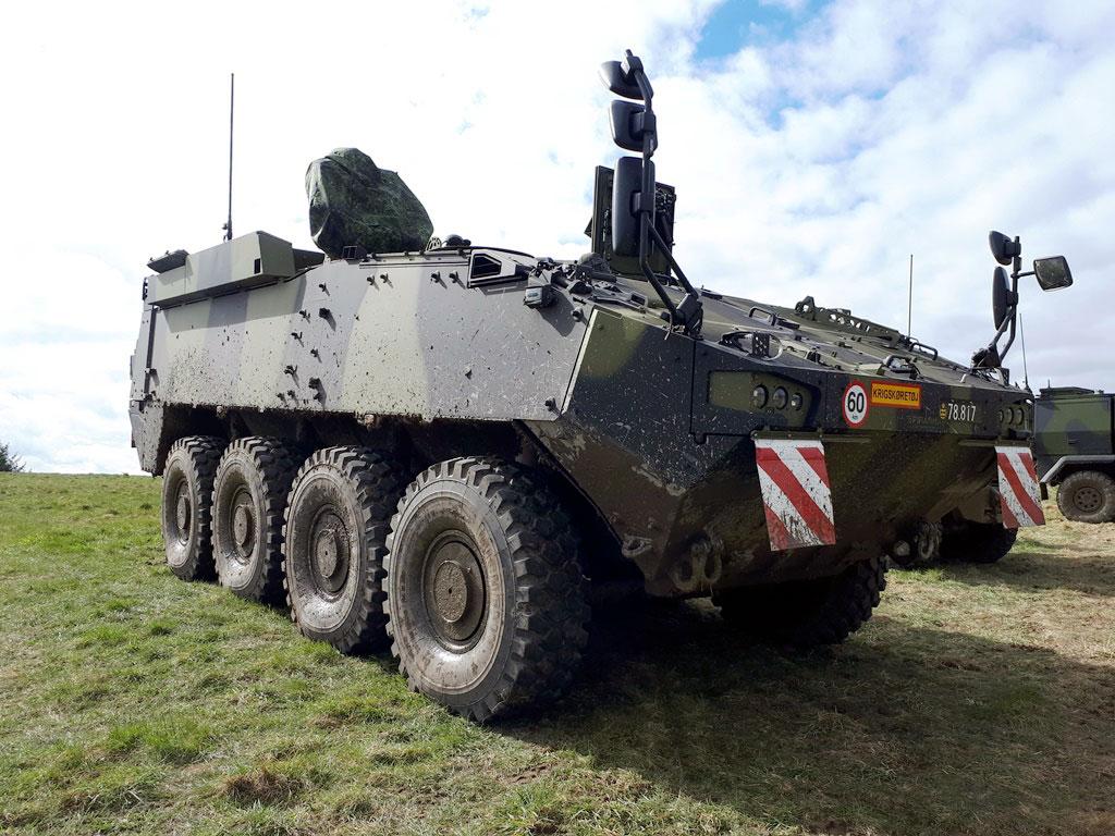Датская армия получила первые бронетранспортеры Piranha V