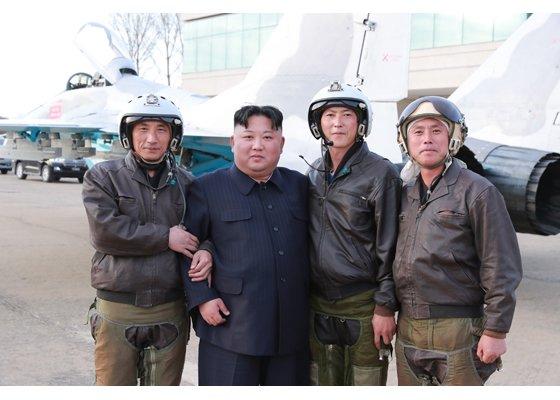 Ким Чен Ын провел внезапную проверку ВВС и ПВО Корейской народной армии
