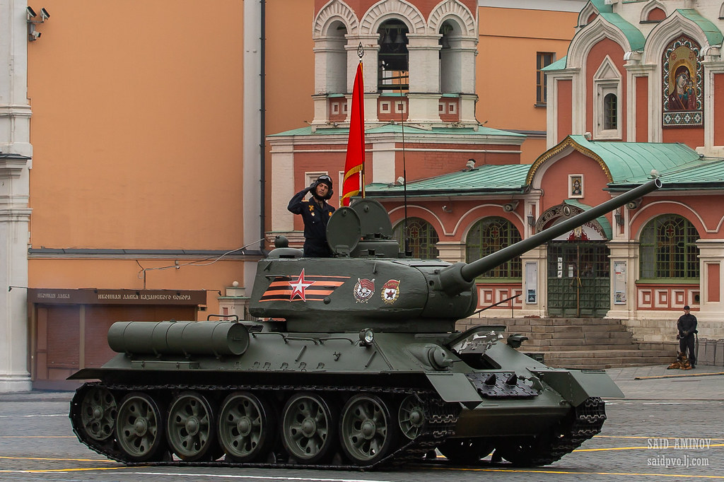 Victory Day Military Parades in Moscow (2010-Present) - Page 2 6827153_original