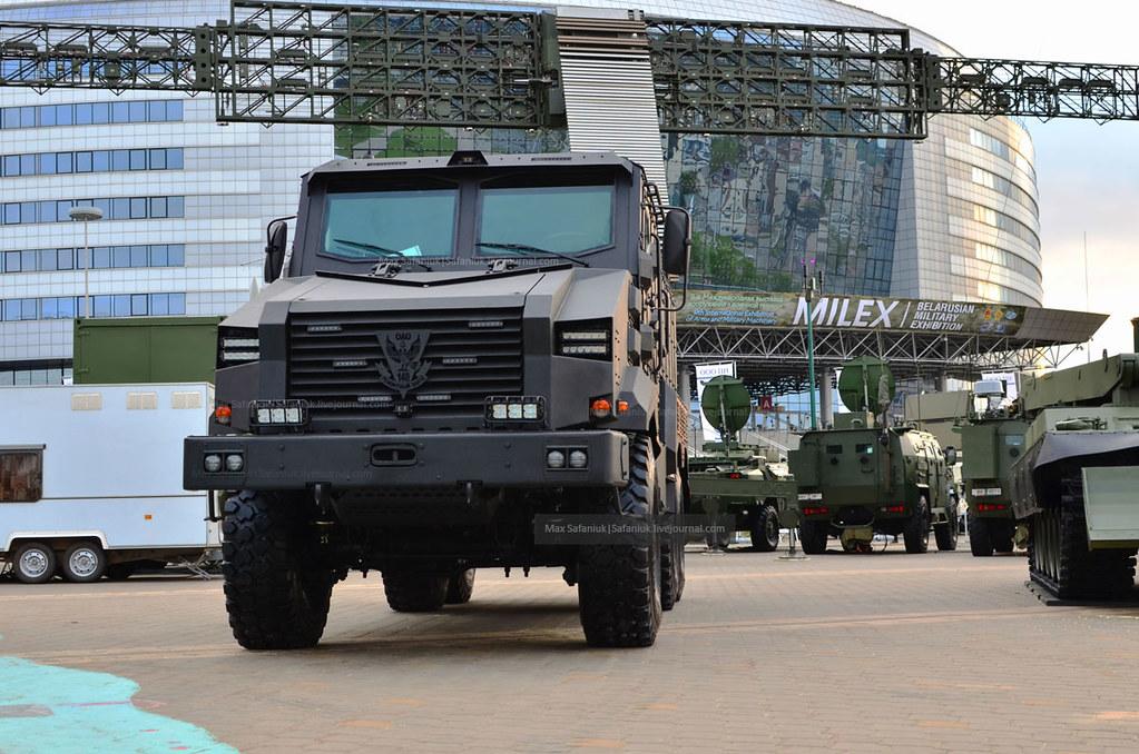 Новый белорусский бронеавтомобиль «Защитник»