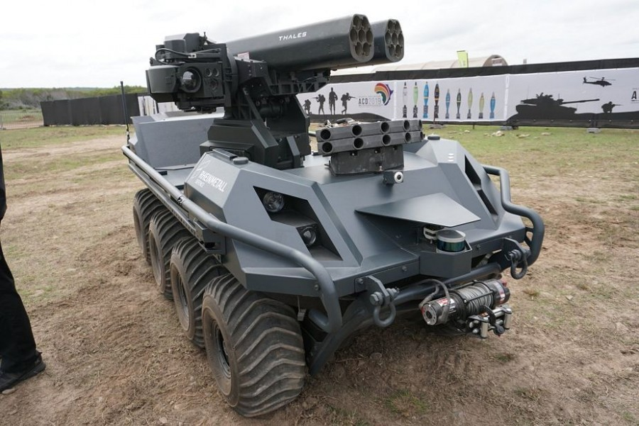 Безэкипажная реактивная система залпового огня Rheinmetall Mission Master UGV