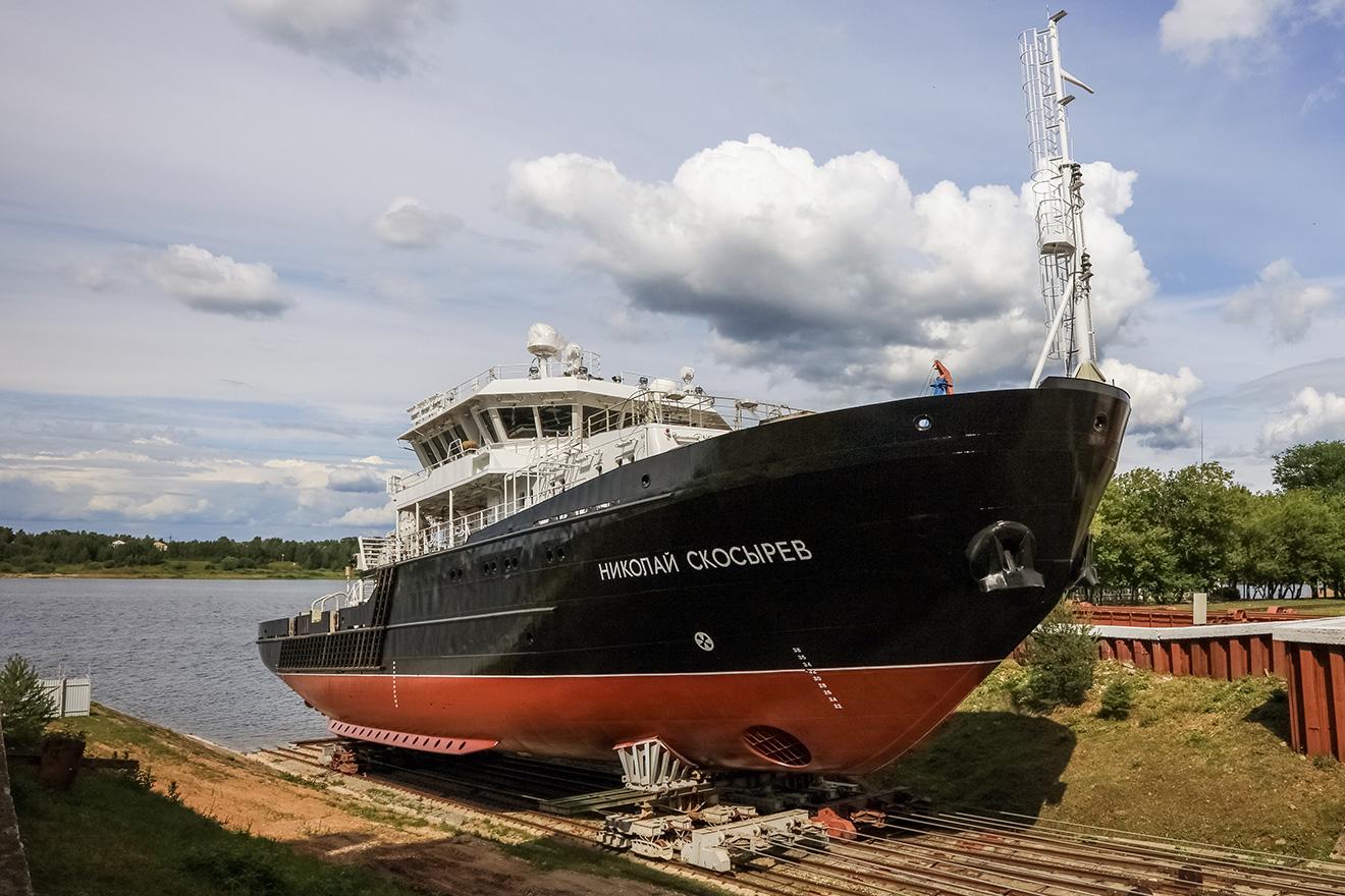 Спущено на воду малое гидрографическое судно «Николай Скосырев» проекта 19910