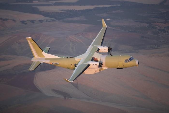 Первый поисково-спасательный самолет С295W для ВВС Канады