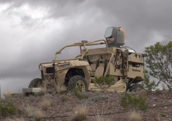 Подвижная лазерная установка HELWS для борьбы с малыми беспилотными летательными аппаратами