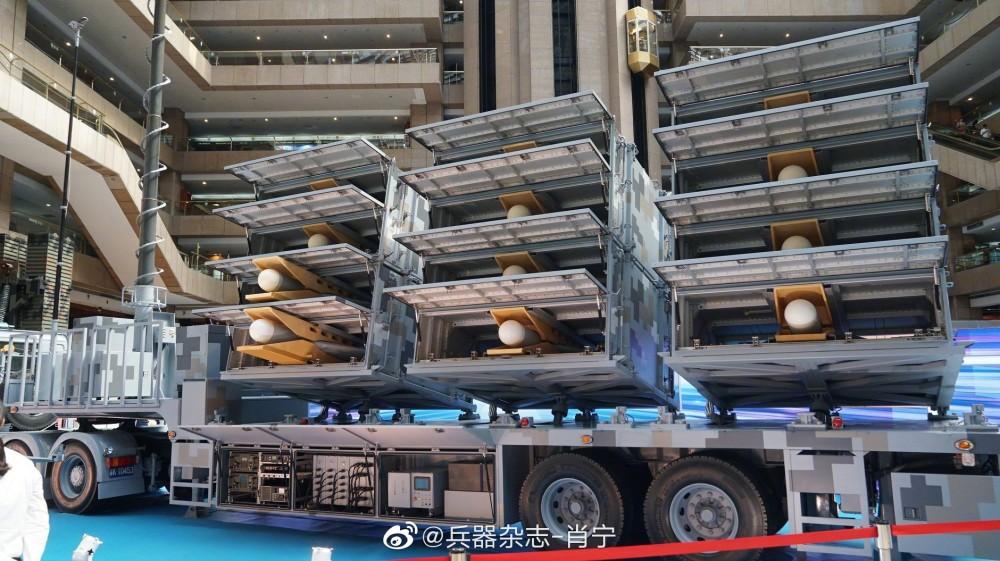 Тайваньская пусковая установка ударных барражирующих беспилотных летательных аппаратов