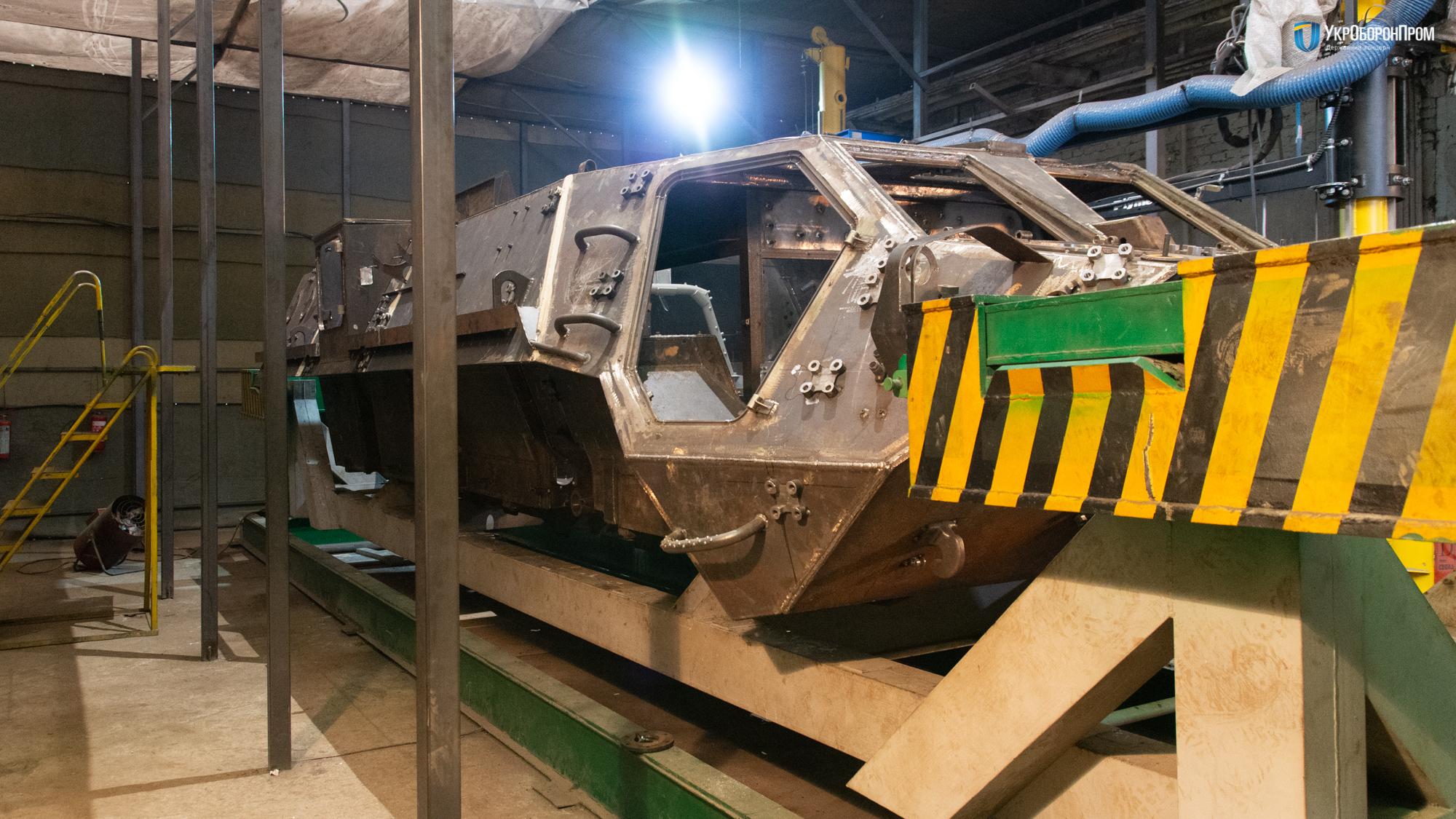 Продолжение скандалов вокруг производства украинского бронетранспортера БТР-4