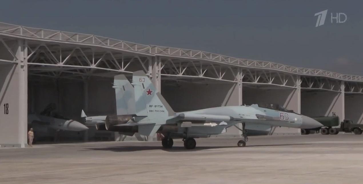 اخر عمليات البناء في قاعدة حميميم الجويه الروسيه في سوريا  7176837_original