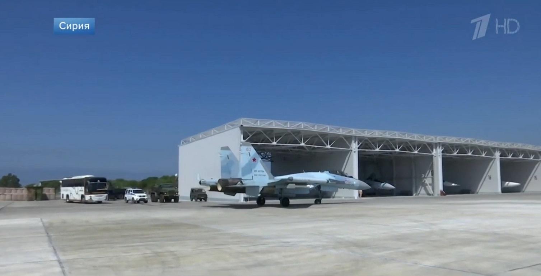 اخر عمليات البناء في قاعدة حميميم الجويه الروسيه في سوريا  7177063_original