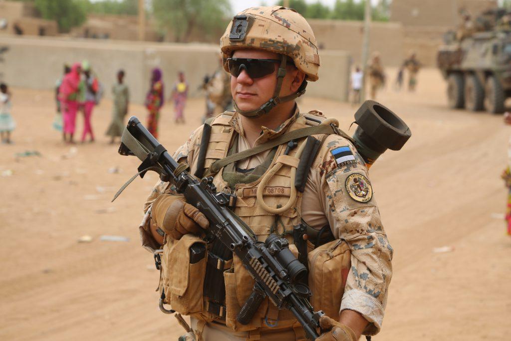 An-Estonian-soldier-in-Mali-I-1024x683
