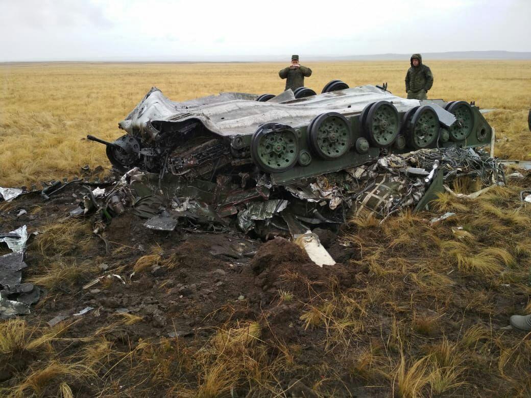 БМД-2 разбилась во время десантирования на полигоне Донгуз на учениях «Центр-2019»