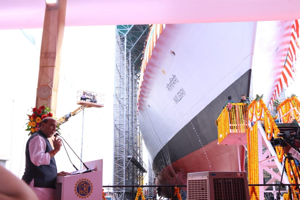 В Индии спущен на воду головной фрегат проекта 17А Nilgiri
