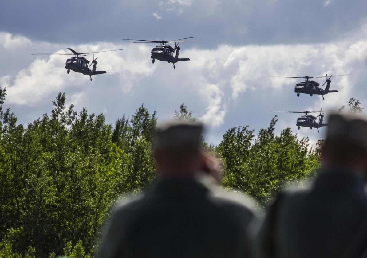 Литва приобретет шесть вертолетов UH-60M Black Hawk