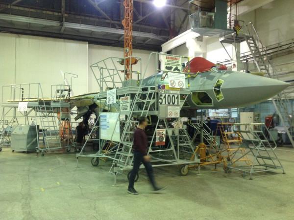 Первый серийный истребитель Су-57