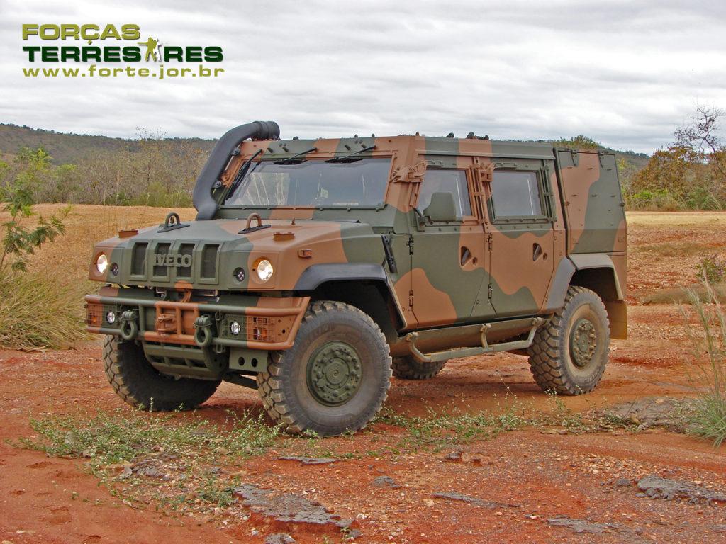 Бразильская армия закупает 32 бронированные машины Iveco LMV