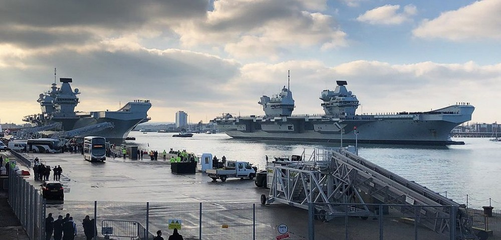 two-aircraft-carriers-1014x487