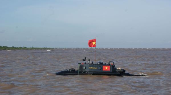 Вьетнамский бизнесмен строит подводные лодки собственной конструкции