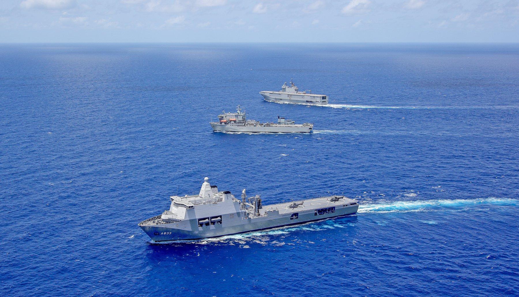 Европейские десантные корабли в едином строю 97287915_3049792431733128_5738931985200447488_o