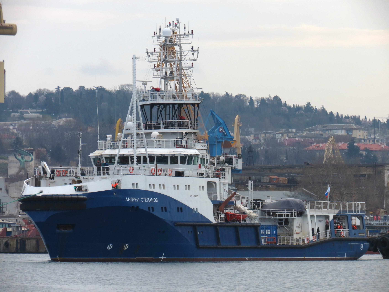 Подписан приемный акт морского буксира «Андрей Степанов» проекта 23470 11-8428557-1