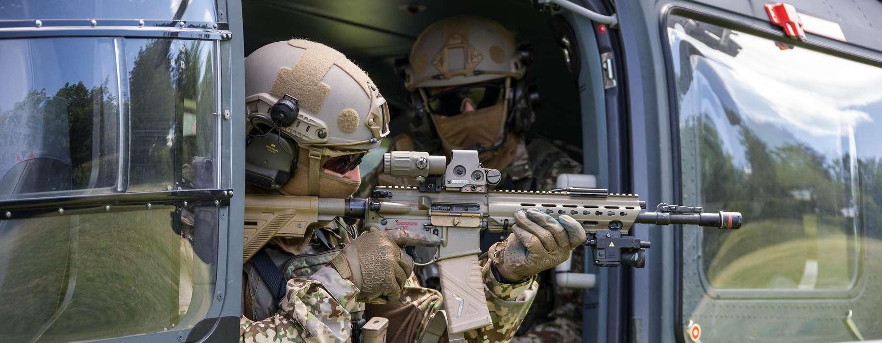 Немецкое Командование специальных операций будет реорганизовано из-за правого ksk-soldaten-im-hubschrauber