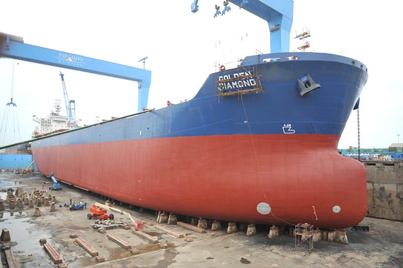 RNaval-Dry-Dock-Img-04