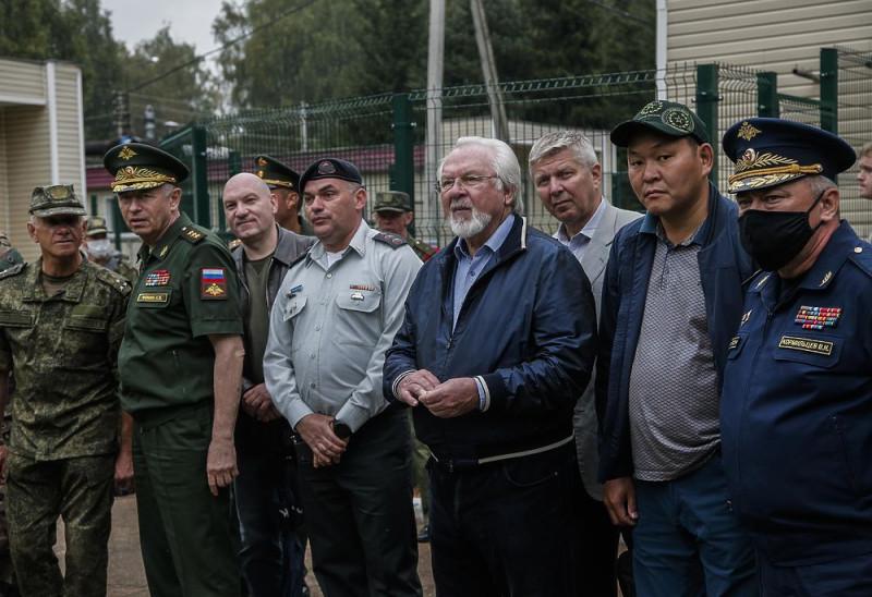 В Подмосковье прошли соревнования военных кинологов 4219036_6253928