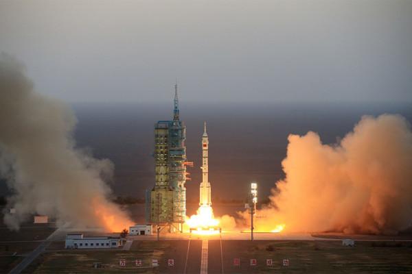 Китай запустил космический аппарат многоразового использования