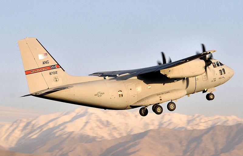 800px-164th_Airlift_Squadron_-_Alenia-Lockheed_Martin_C-27J_Spartan_08-27012