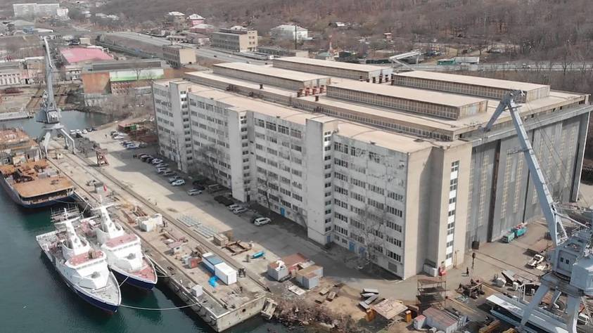 Министерство обороны расторгает контракт на два МРК проекта 22800 с Восточной 17-9044573-vv-10