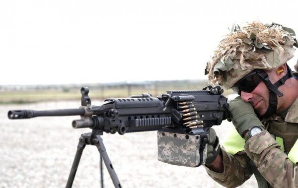 Грузинская армия получает 5,56-мм пулеметы М249