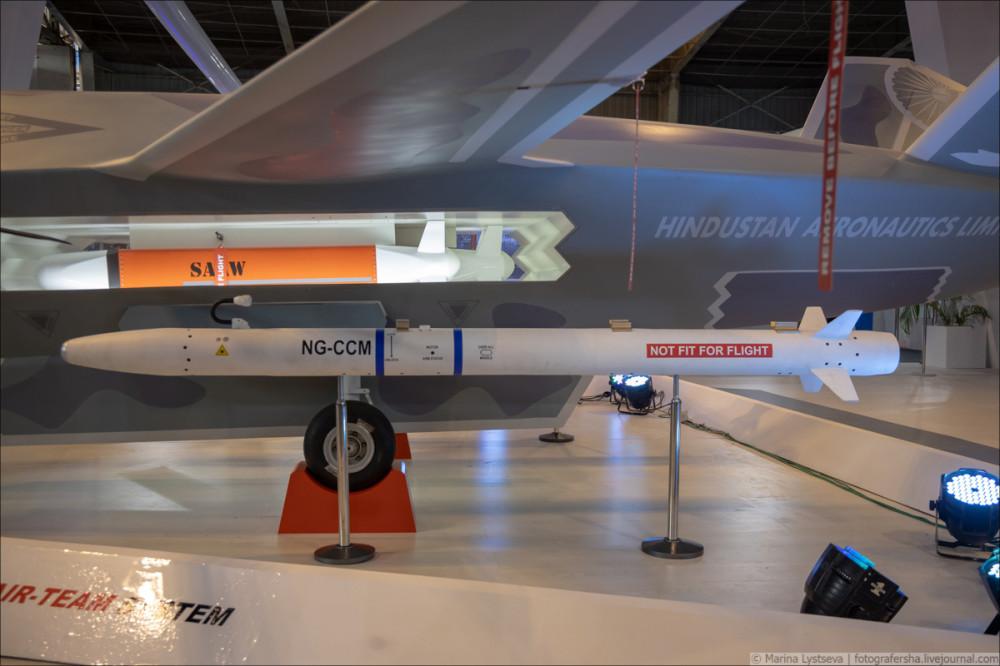 Перспективный индийский беспилотный летательный аппарат Warrior 6Y9A4002