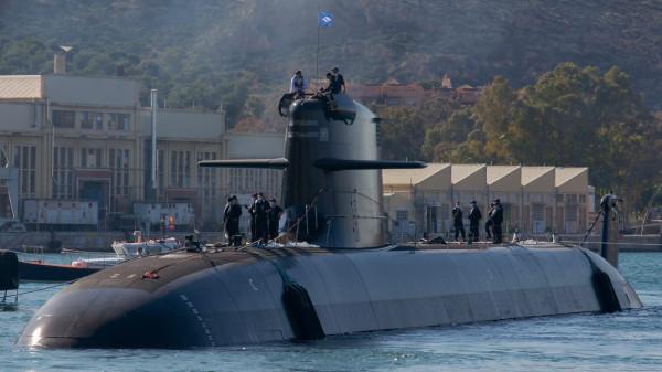 Головная испанская подводная лодка Isaac Peral проекта S-80 Plus на воде