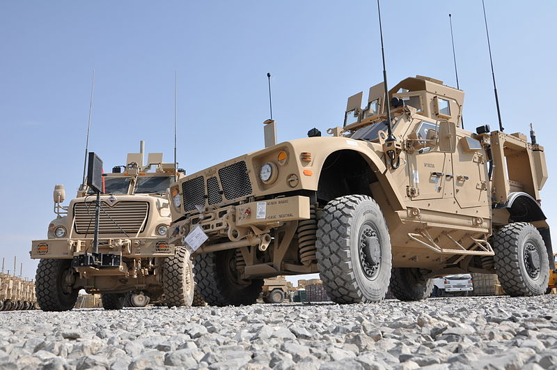 M-ATV_and_MRAP_MaxxPro_Dash_in_Afghanistan