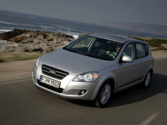 KIA_Ceed_Hatchback 5 door_2007