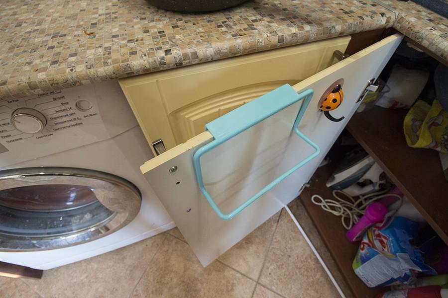 вешалка для полотенец на кухне