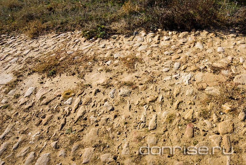 Камни Петровского тракта