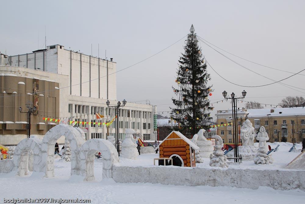 Златоустовский снежный городок