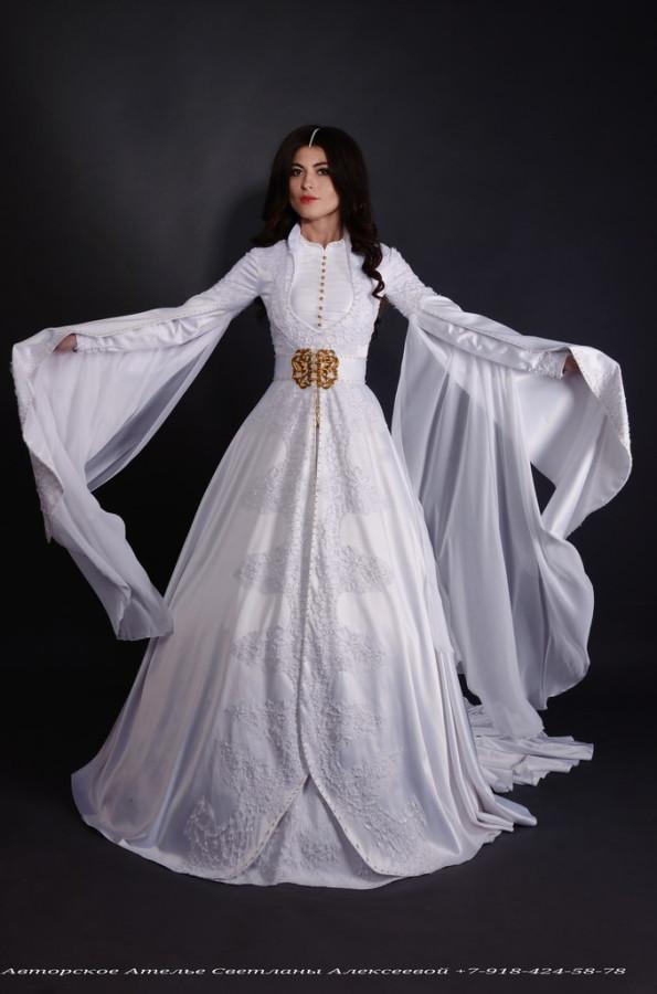 Сае платья