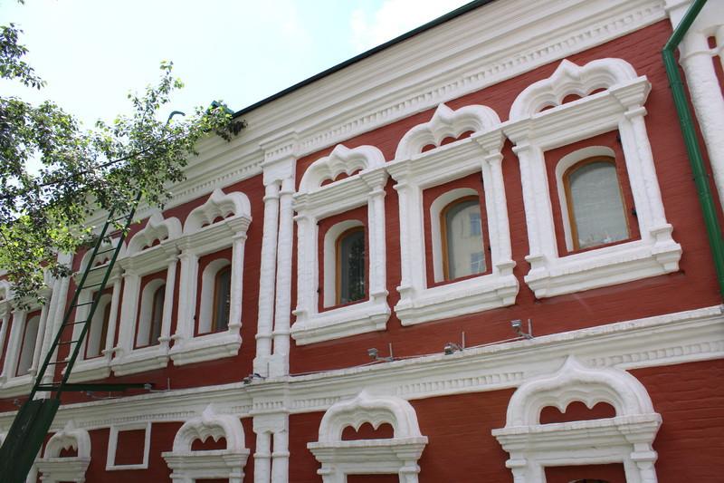 Восточный фасад палат Сверчкова.