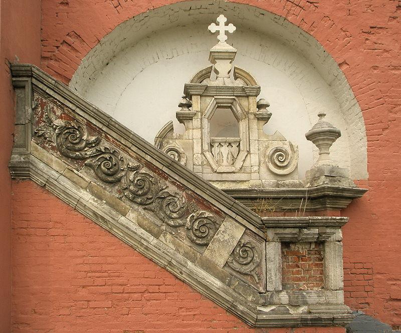 Парапет лестницы и фрагмент фасада  утраченной Успенской церкви на территории Донского монастыря.