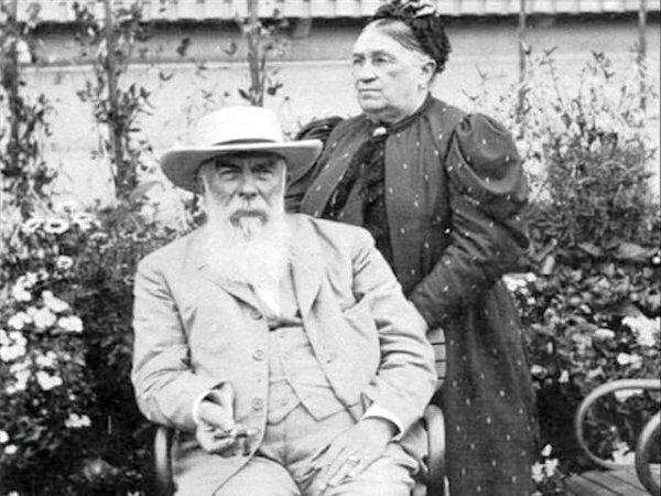 Алексей Иванович и Аграфена Александровна Абрикосовы.