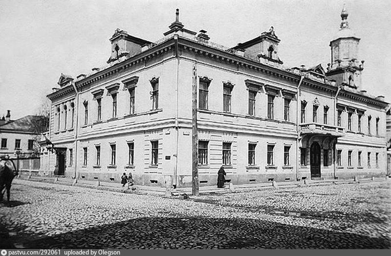 Доходный дом Фроловых-Бари. Фото 1890-1916.