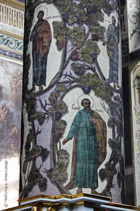 Новый (Большой) собор Донской иконы Божией Матери. Праотец Фарес, праотец Исаак, роспись столпа собора. Фото 2016.