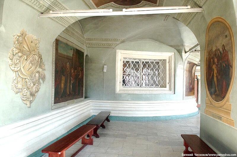 Новый (Большой) собор Донской иконы Божией Матери. Росписи в галереях собора. Фото 2015 Евгения Чеснокова.