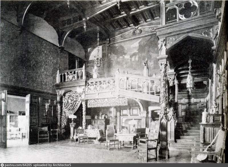 Вид большого дубового зала особняка князя Б.В.Святополк-Четвертинского. Фото 1890-х.