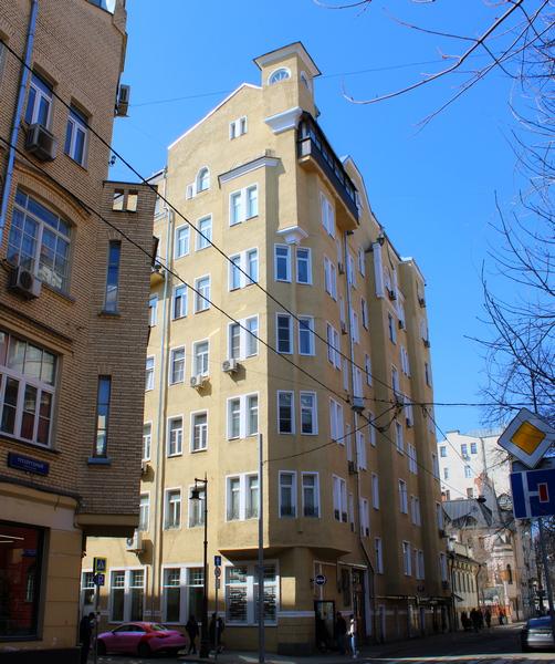 Доходный дом архитектора Э.К.Нирнзее. 1911. Фото 2021.