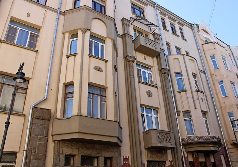 Доходный дом Мелетеных. Арх. В.Е.Дубовской. 1911. Фото 2021.