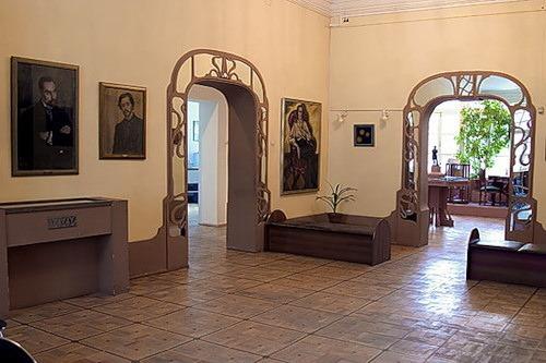 Особняк И. Баева. Интерьер – арки в стиле модерн.